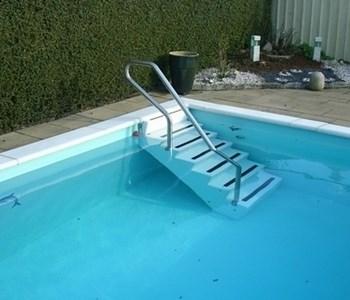 trappa till pool